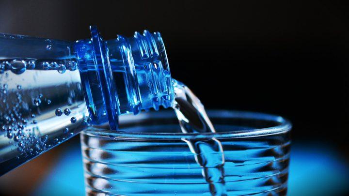 Pij wodę dla zdrowia oczu